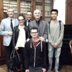 Un gruppo di studenti presenti alla Tavola Rotonda con Fabrizio Dorsi, Salvatore Dell'Atti e Piero Mioli